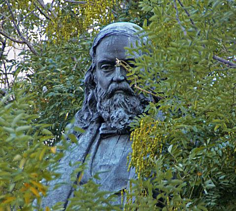 Albert Pike statue - head shot