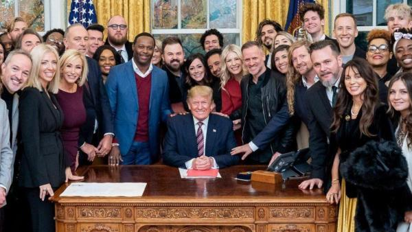 Bethel Church meeting with Trump at the White House on December 6, 2019. Sean Feucht has his hand on Donald Trump's arm.
