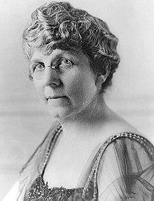 Florence Harding, wife of President Warren Harding, had a clairvoyant by the name of Madame Marcia read her the zodiac and would go into trances to warn Florence of anyone in the administration who was out to get her husband.
